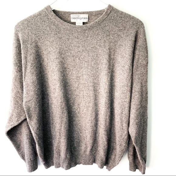 316b5dceb8a Bloomingdales 100% Cashmere Large